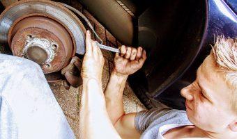 Comment économiser de l'argent sur les réparations de voiture