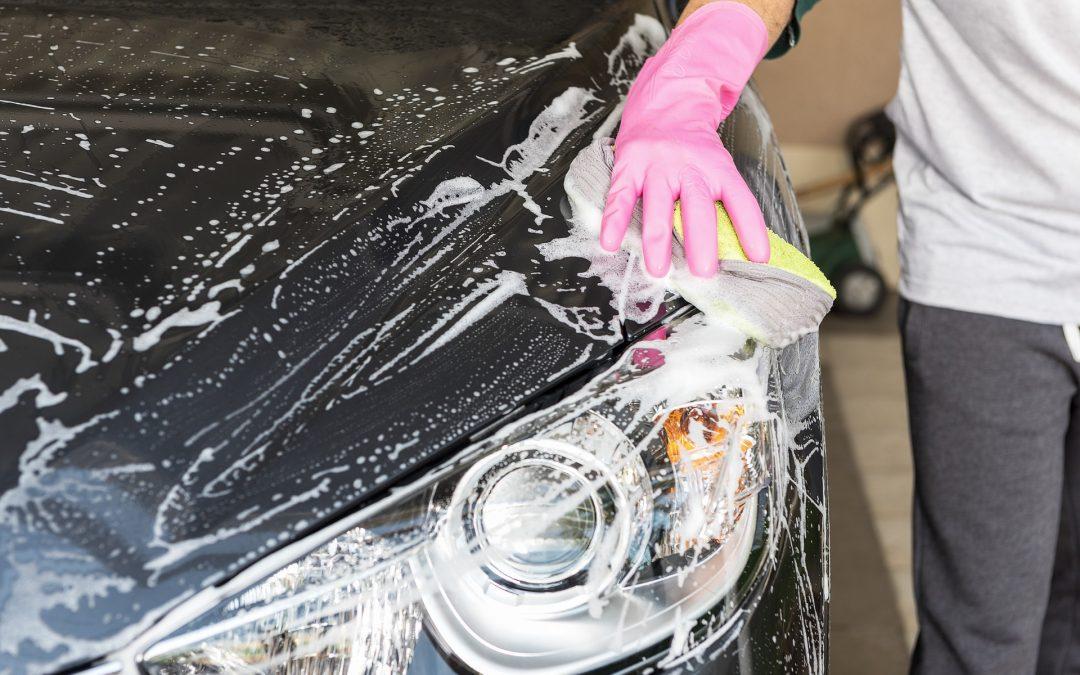 Comment laver, sécher, nettoyer l'intérieur et cirer votre véhicule